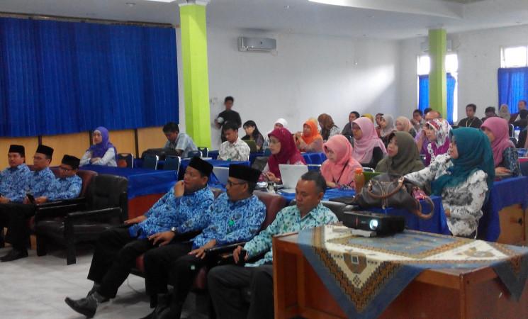 Seminar Hasil Penelitian Desentralisasi 2016